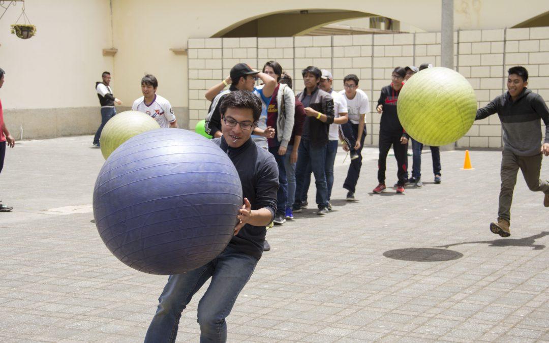 Ingeniería, Medicina y Maestrías participan en 'Patio Don Bosco'
