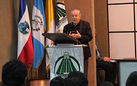 Reunión con egresados de CELADIC-Mesoamericana