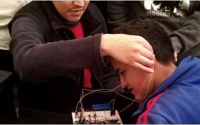 Estudiantes egresados de Ingeniería son semifinalistas en concurso de History Channel